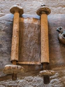 parchment-scroll-lamps-1337819-wallpaper